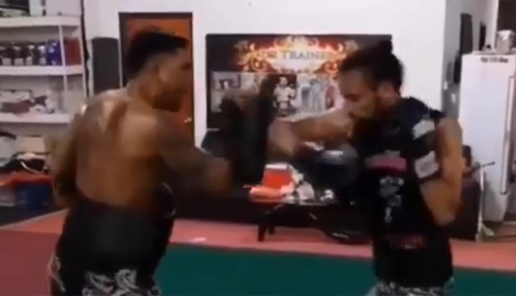 Emrah Sanli Muay Thai
